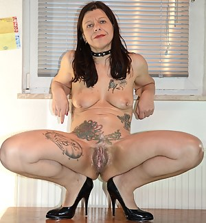 Inked Mature Porn Pictures