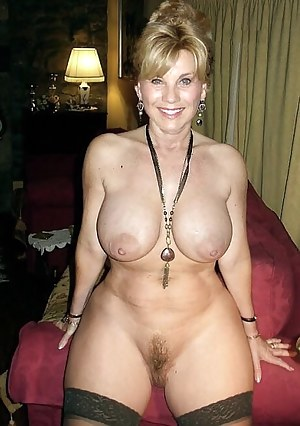 Mature Trimmed Pussy Porn Pictures