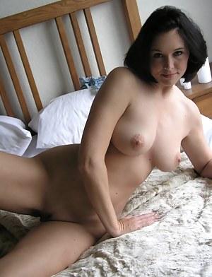 Mature Bedroom Porn Pictures