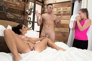 Mature Caught Porn Pictures